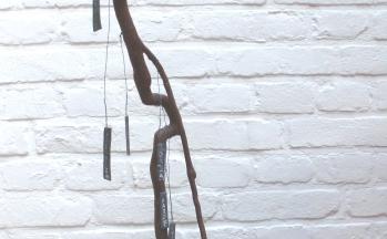 z.t., marmer, boomwortel, lood, hoog 46 cm