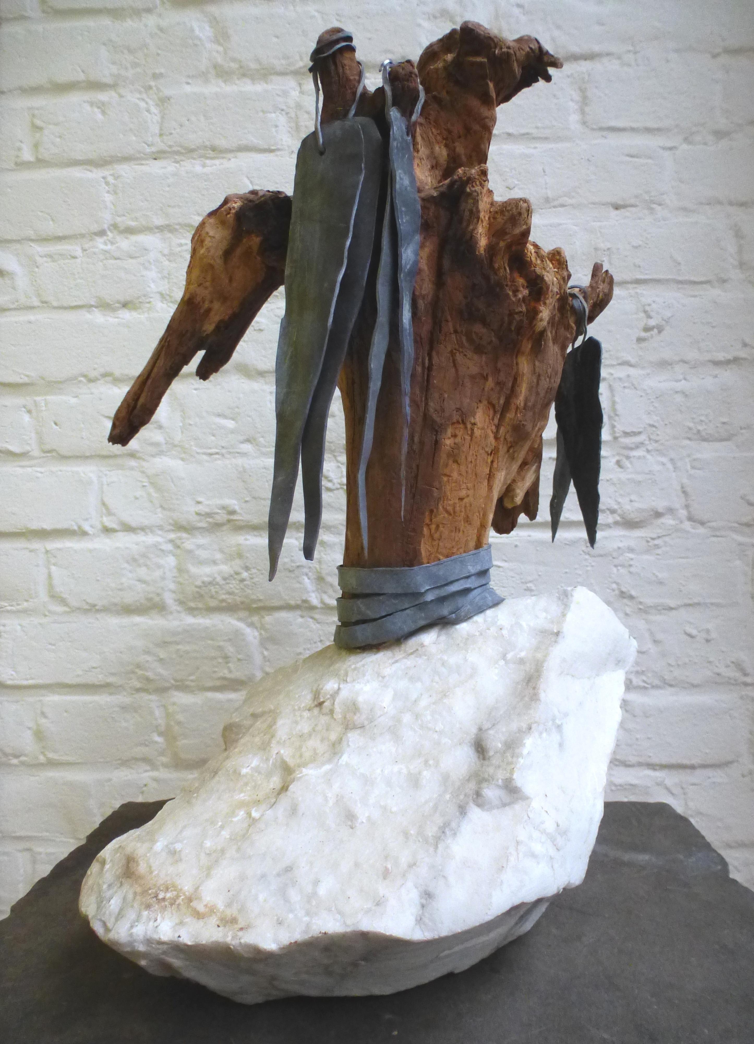 z.t., marmer, hout, lood, hoog 42 cm